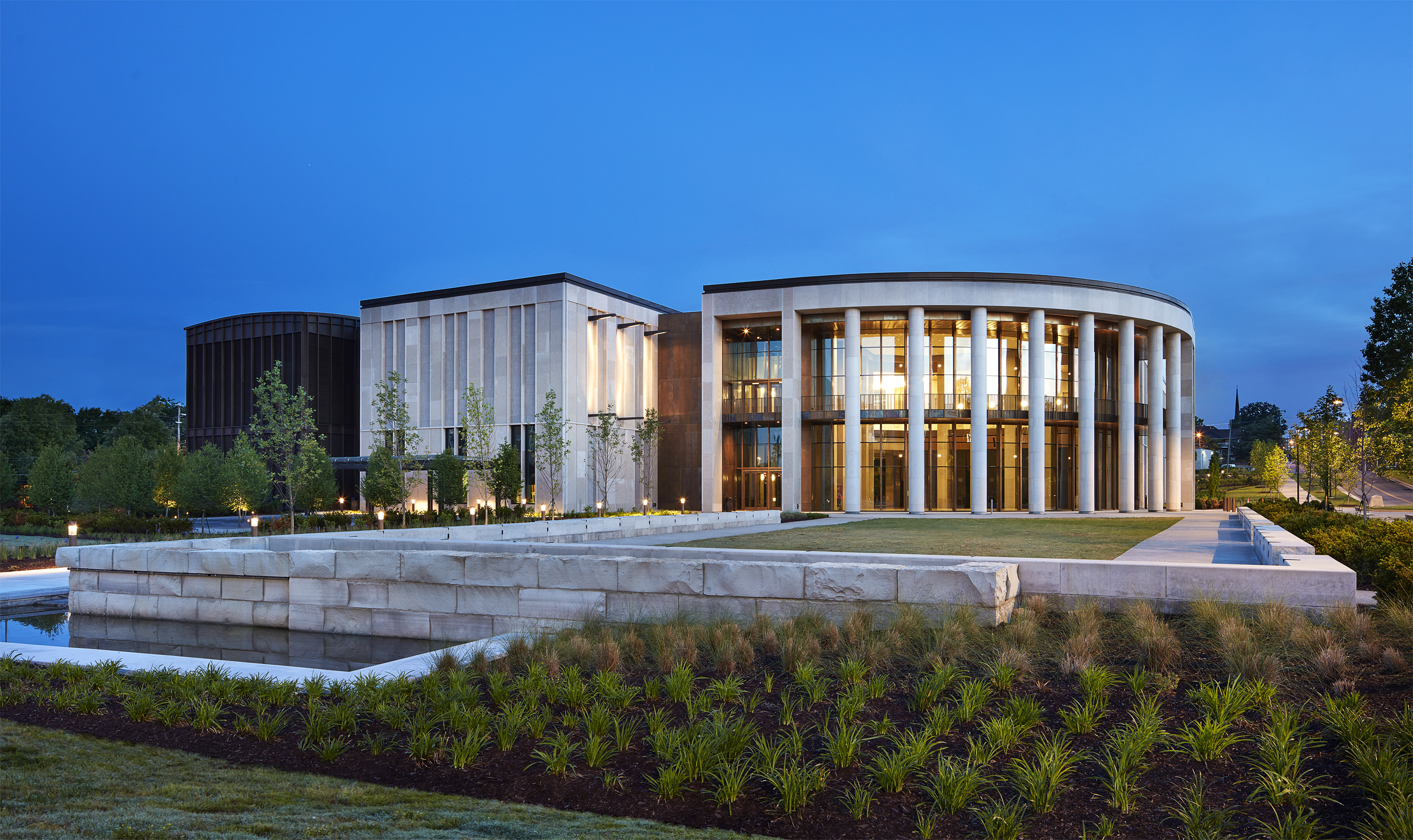 Tennessee State Museum at night